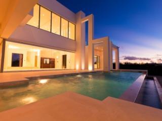 Elegant 8 Bedroom Villa in Meads Bay, Anguila