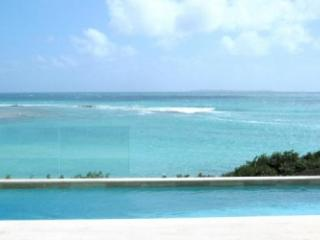 Sensational 3 Bedroom Villa in Elsie Bay, Little Harbour