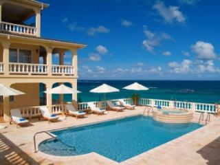 Great 8 Bedroom Villa in Shoal Bay East, Island Harbour
