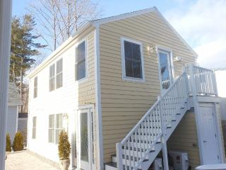 Village Location-6 minute walk to Ogunquit Beach