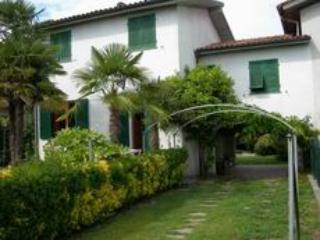 Villa Versilia, con giardino indipendente, Cinquale