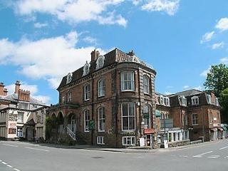 Spacious first floor apartment in former Hotel, Church Stretton