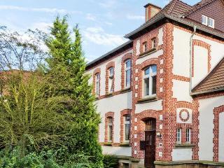 Ehemalige Dorfschule & Pfarrhaus Belvilla 34513-29