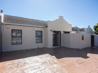 Mountain View Cottage, Tokai