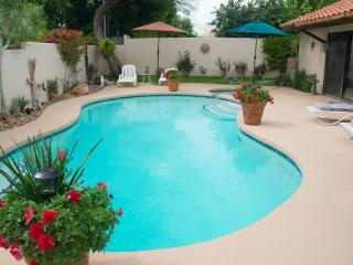 DESERT TRIP-- ROOMS AVAILABLE @ CASA HILTON, Palm Desert