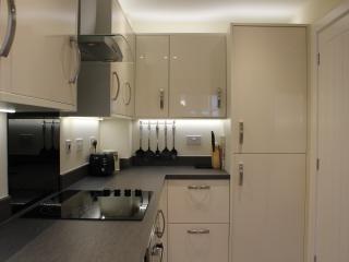 Modern End of Terrace House, Shepton Mallet