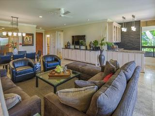 New! Ocean,Sunset,Golf Views. Walk to Beach,Dinner,Shops. Extended Stay Offered