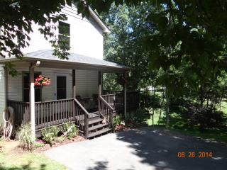 Private Home Near Biltmore & Downtown - in the Heart of Asheville