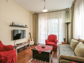 Best Location, Bright & Cozy Apart Next to Airport, Istanbul