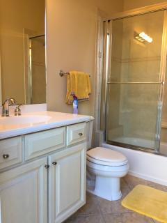 Cabana en-suite bathroom