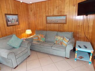 Catch & Release updated 1 bd condo at Mustang Isle, Port Aransas