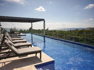 Experience the luxury at Playa del Carmen