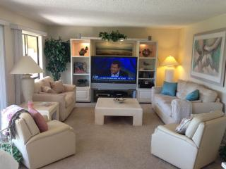 Light & Bright Open Floor Plan in Neutral, Laguna Woods