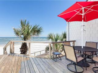 Sea Matanzas 2, 2 Bedrooms, Ocean Front, Pool, WiFi, Sleeps 6, Saint Augustine