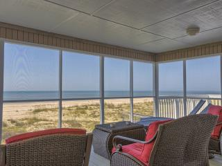 REMODELED GORGEOUS Gulf Front Home w/ Pet-friendly beach.