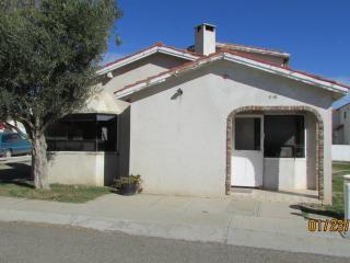 PEÑASCO 3 BED 3 BATH W/SWIMMING POOL ACCESS