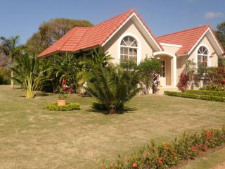 Beautiful Villa in Gated Community, Sosua