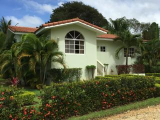 Beautiful Villa in Gated Community, Sosúa