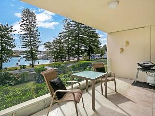 MAN30 - Manly Waterfront Opulence, Varonil