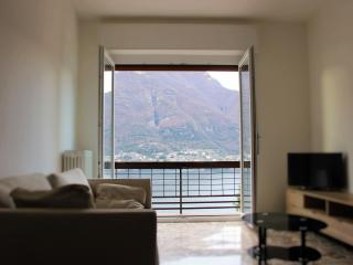 Casa Gigi Window on the Lake- 2 bedrooms apartment, Faggeto Lario