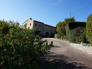 ATMOSPHERIC VILLA WITH GORGEOUS SEA VIEWS, Tourrettes-sur-Loup