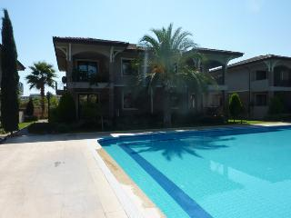 Lüx Villa 150m from the sea with wi-fi H1