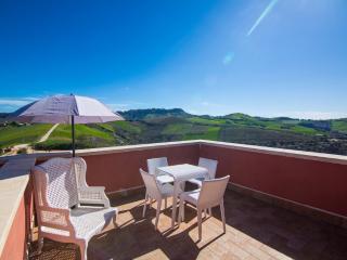 Suite Fresia in Luxurious Farmhouse, Ascoli Piceno