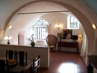 Stylische Wohnung mit Garten, Meernähe, W-Lan