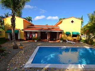 Beautiful private villa walking to beach, Sosúa