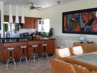 Spacious 3 bedroom oceanfront penthouse in the heart of sosua, Sosua