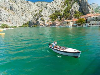 Croatian Beach House - Split/Dubrovnik, Omis