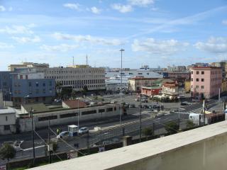 marina attico, Nápoles