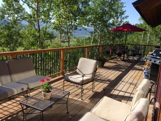 Top Locati, Hot Tub- Pet Friendly,Summer Sale!!!, Steamboat Springs