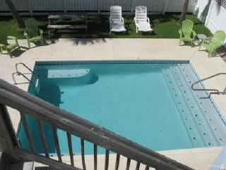 SURFSIDE BEACH FAVORITE HOUSE! PRIVATE POOL- DON'T MISS OUT.GREAT RATES, Surfside Beach