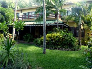Villa le jardin tropical acces direct de  plage
