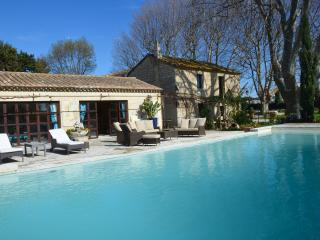 BEAUTIFUL PROPERTY OF PROVENCE, Fontvieille