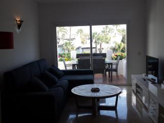 Newly refurbished 2 apt close to Costalita beach, Estepona