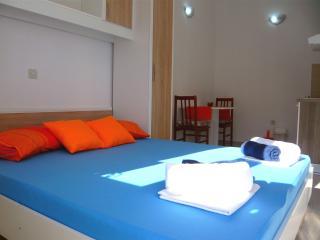 Apartments Ferdo - Studio apartment in Zivogosce 2