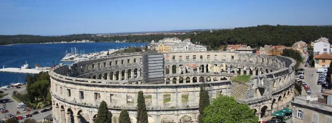 Pula amfiteatar