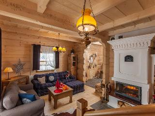 Two luxury wooden cottages near Zakopane with Hot-Tub, Sauna and Pool