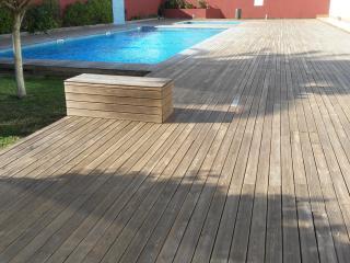 Bonita planta baja,con piscinas comunitarias, Ciudadela