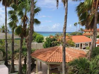 3 bedrooms villa on a top location near Boca Catalina Beach, Aruba