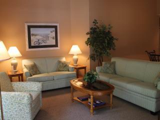 Family Friendly Luxury Condo, Sleeps 6, Hilton Head