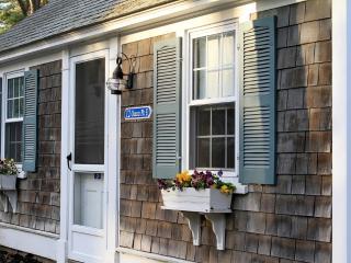 Dennis Seashores Cottage  5 - 2BR 1BA, Dennis Port