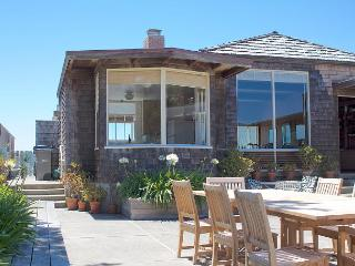 Large Oceanfront Home in Seadrift, Stinson Beach