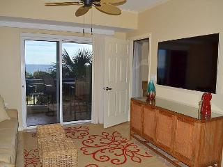 6/14-17 open - crown jewel of Sandestin w/huge pool & direct beach access!