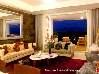 GRAND LIVING Grand Luxxe Presidential 3BR Margan, Nuevo Vallarta