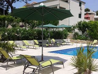 TH01652 Apartments Perišić / Two Bedroom Apartment A5, Podstrana