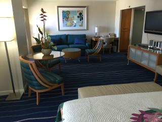 PERFECT SUITE IN HONOLULU HAWAII- BEST REVIEWS!