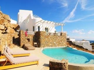 Blue Villas | Fantasea | Ideal Location, Psarou